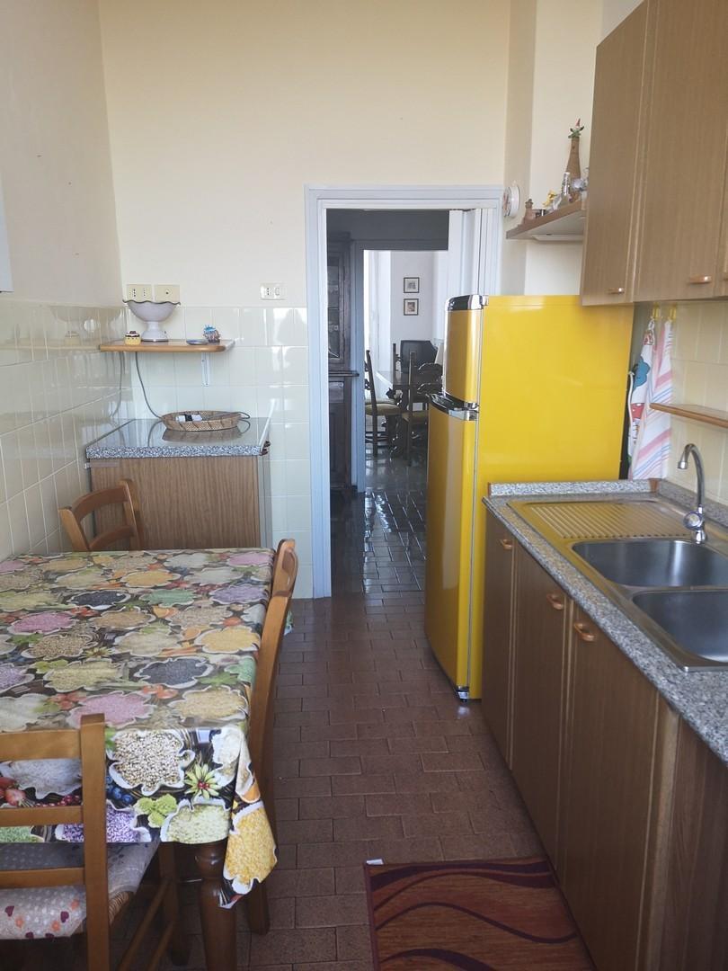 Appartamento in vendita a Murlo, 6 locali, prezzo € 130.000 | CambioCasa.it