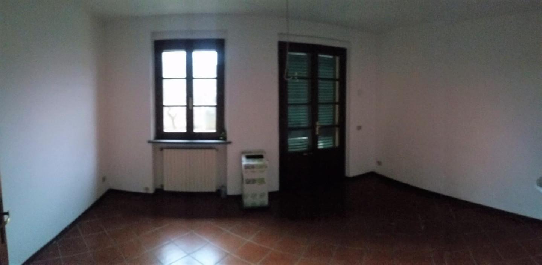 Ufficio in affitto a Cascina