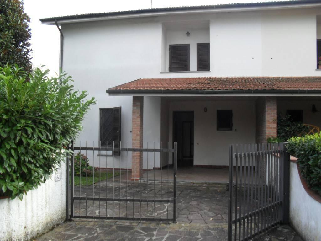 Villetta bifamiliare in vendita a Montuolo, Lucca