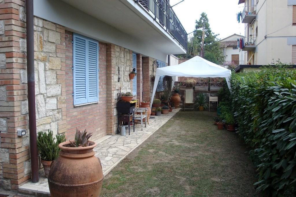Appartamento in vendita a San Gimignano, 3 locali, prezzo € 180.000 | PortaleAgenzieImmobiliari.it