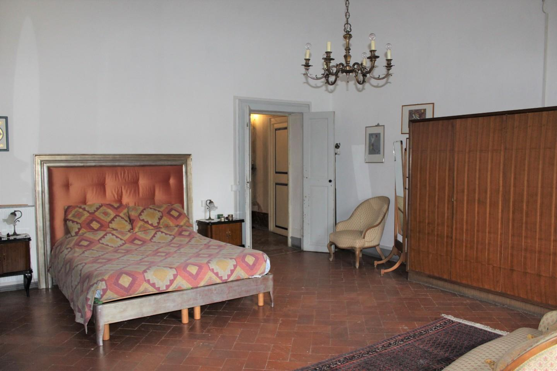 Stabile/Palazzo in vendita - Cascina