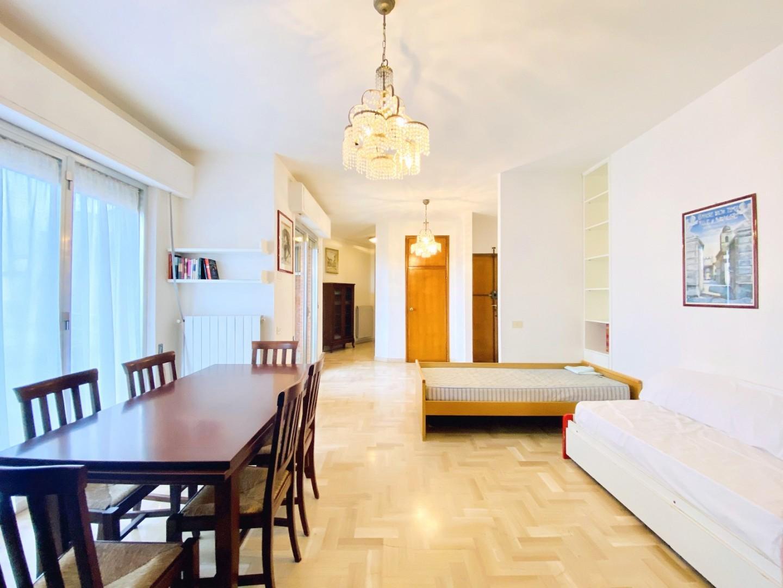 Attic for rent in Camaiore (LU)