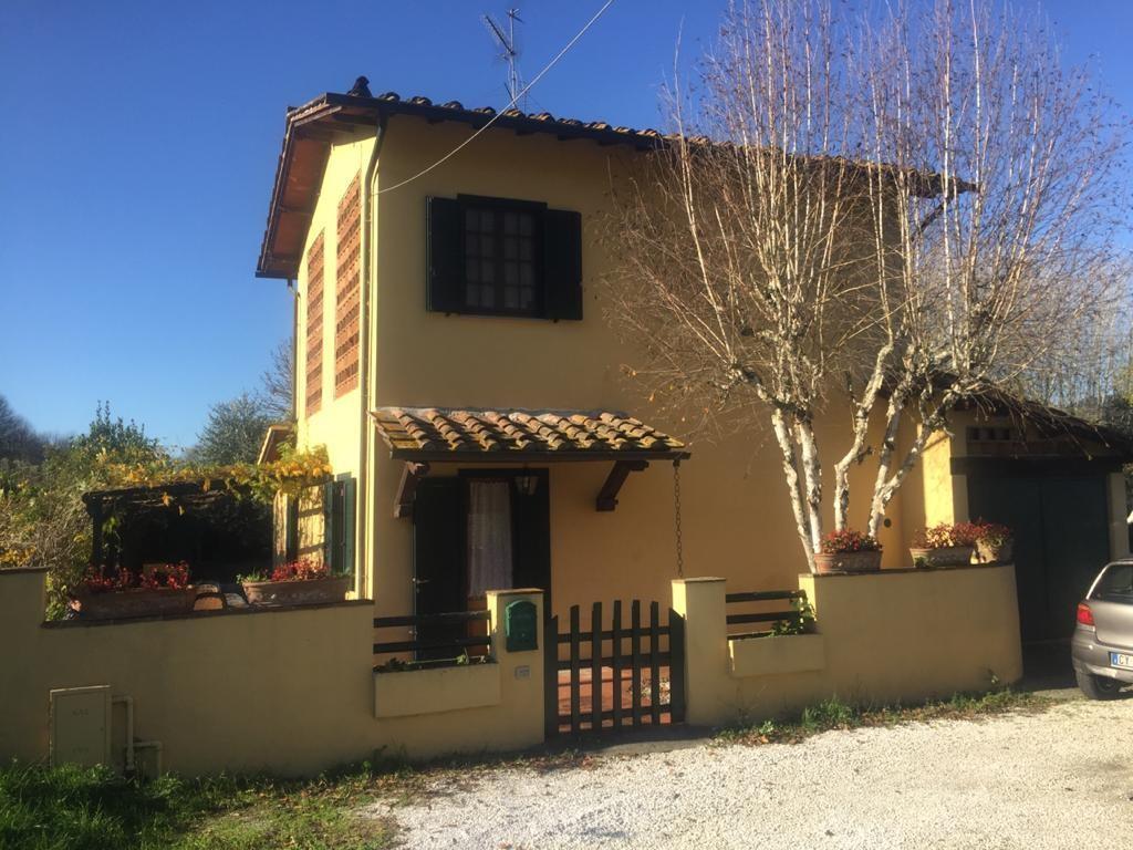 Villa singola in vendita a Cerasomma, Lucca
