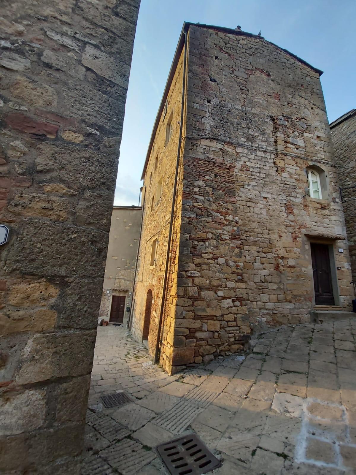Edificio storico in vendita, rif. 115