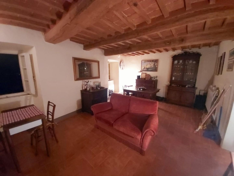 Edificio storico in vendita a Casale Marittimo (PI)