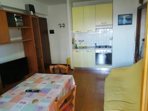Attico in vendita, rif. attico 3 vani con terrazza z lan