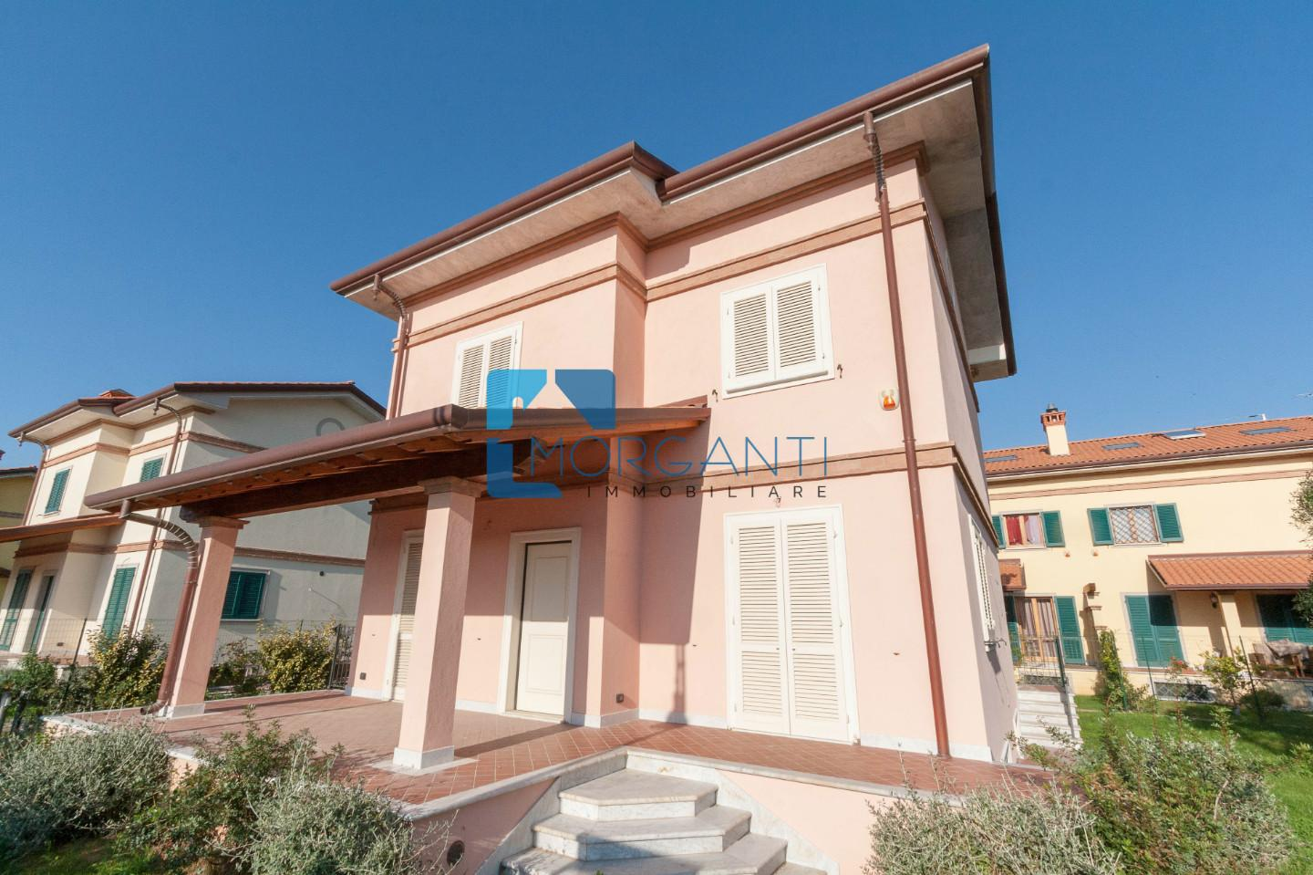 Villa for sale in Seravezza (LU)
