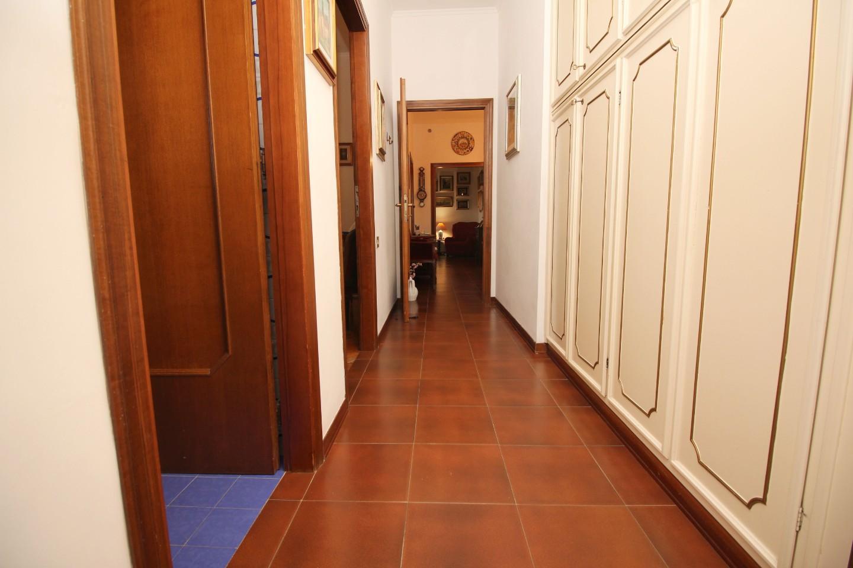 Appartamento in vendita, rif. R/590