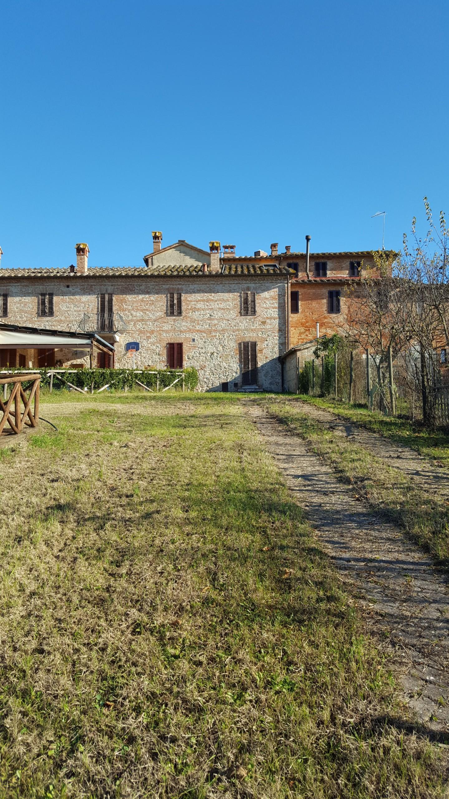 Appartamento in vendita a Sovicille, 3 locali, prezzo € 260.000 | CambioCasa.it