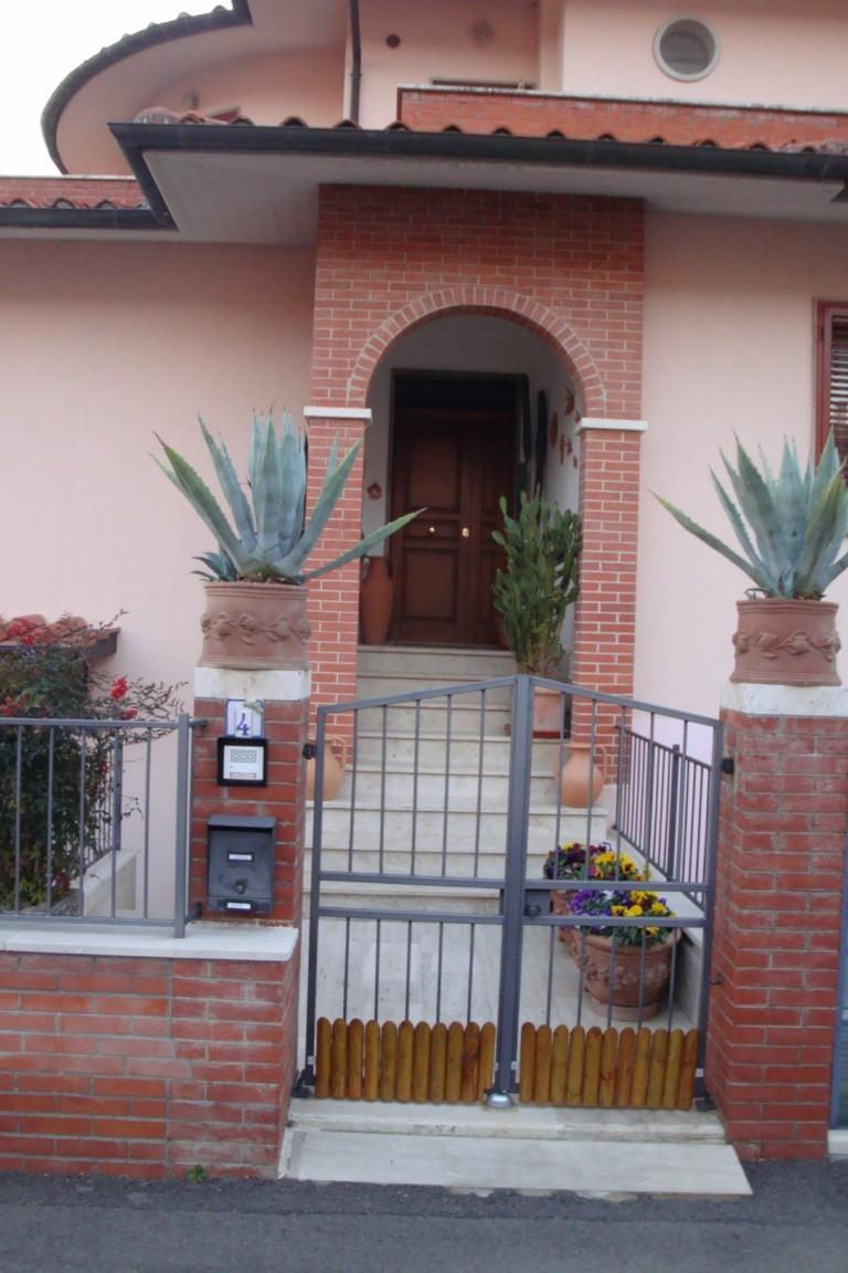 Casa semindipendente in vendita a Serre Di Rapolano, Rapolano Terme (SI)
