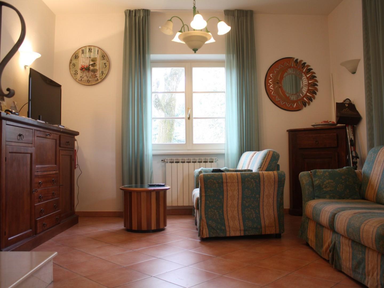 Villetta bifamiliare in case vacanze a Pietrasanta (LU)