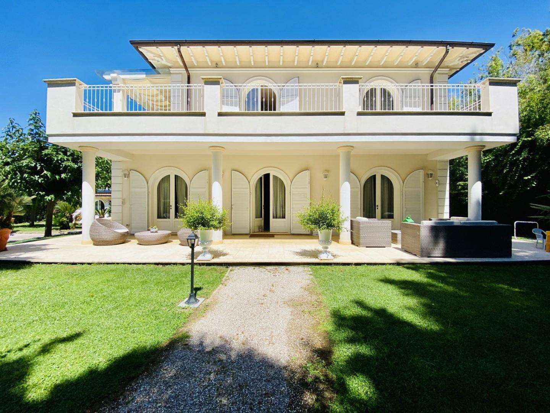 Casa singola in case vacanze a Pietrasanta (LU)
