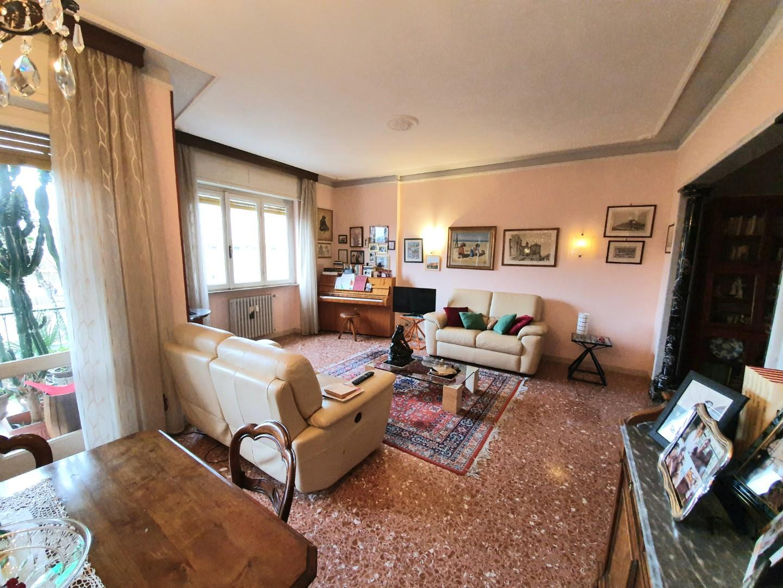 Appartamento in vendita - Montebello, Livorno
