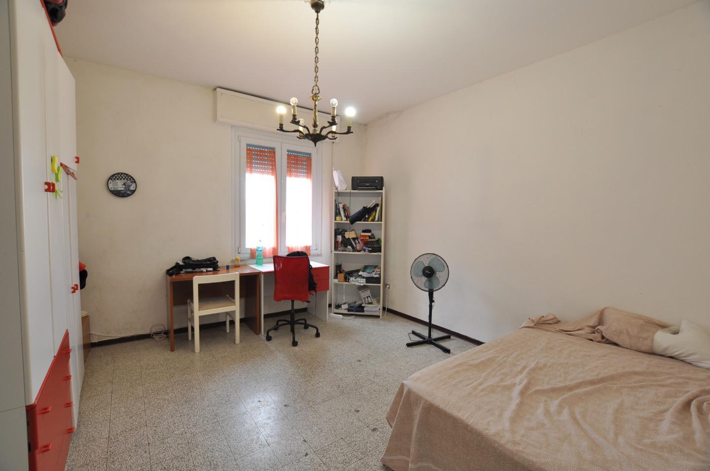 Appartamento in affitto, rif. L122..
