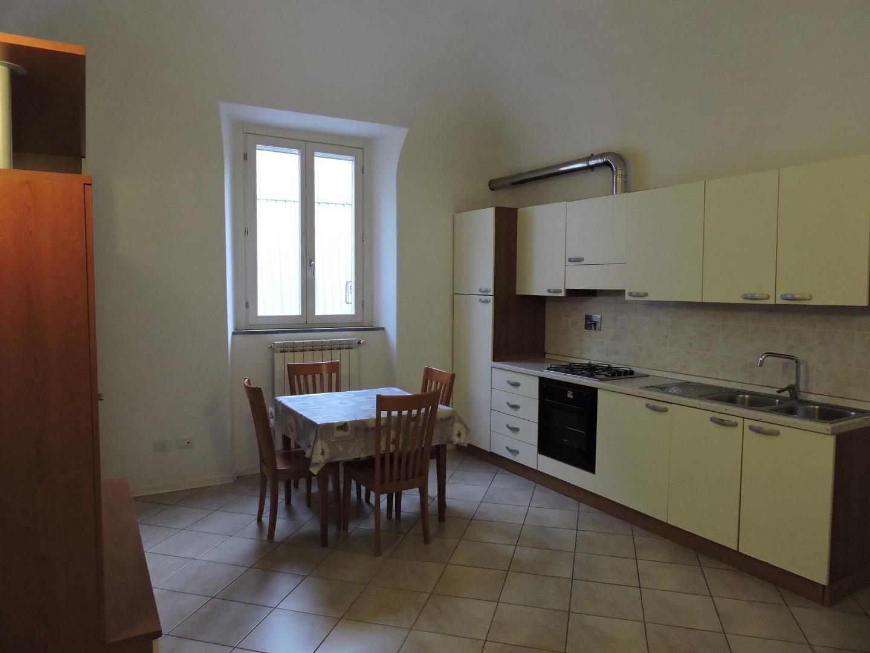 Appartamento in affitto, rif. a39/322