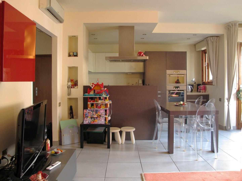 Appartamento in vendita, rif. 8864