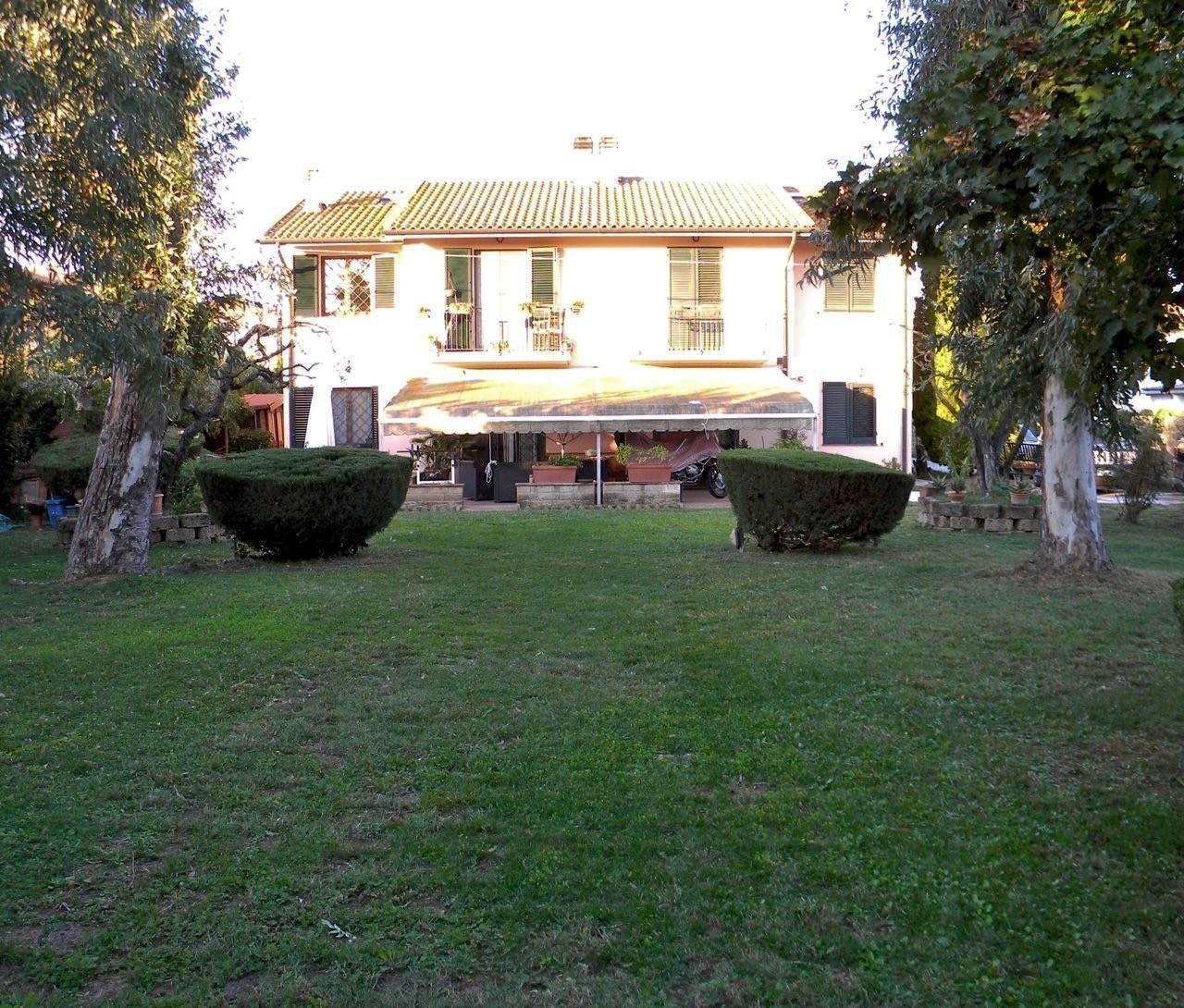Villa singola in vendita, rif. 453