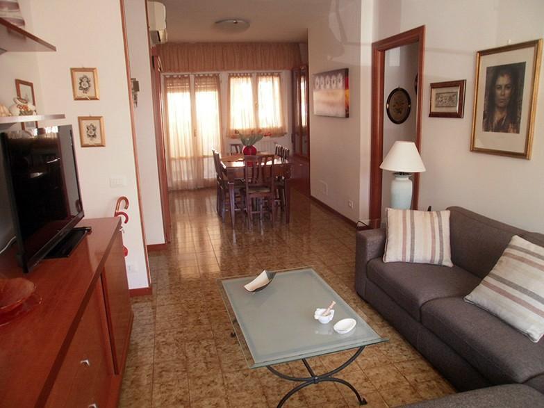Appartamento in affitto a Avenza, Carrara (MS)