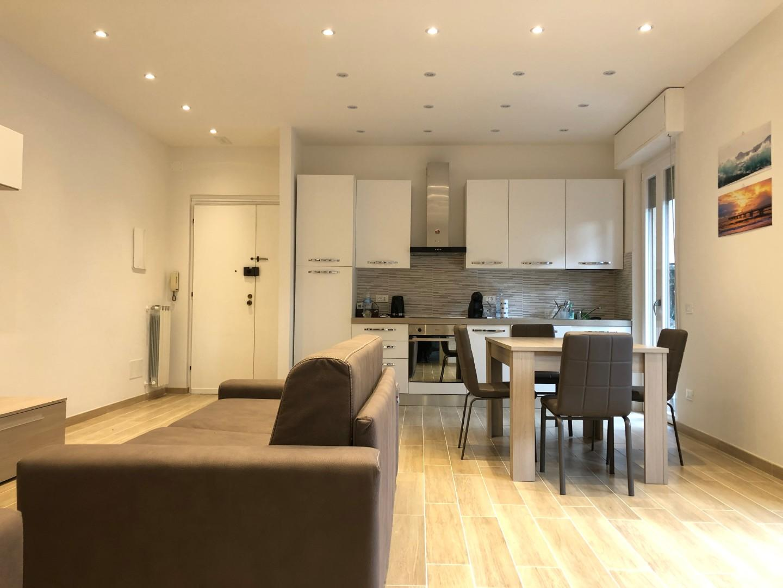 Appartamento in affitto, rif. AC33