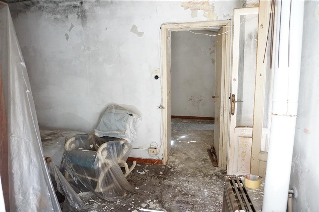 Appartamento in vendita, rif. LOG-399