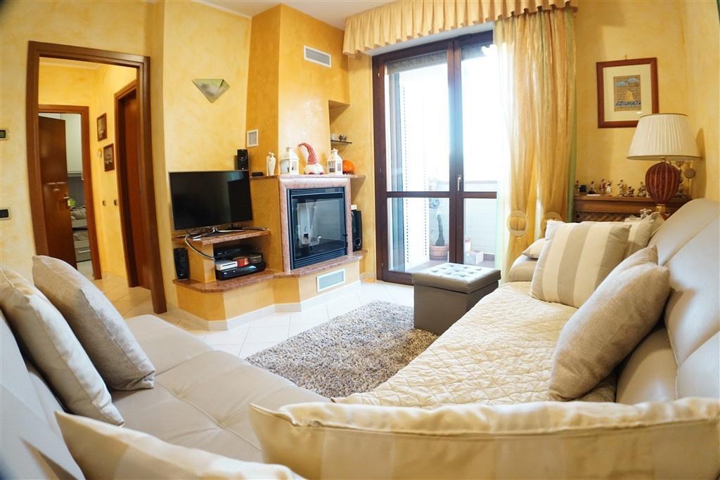 Appartamento in vendita, rif. LOG-401