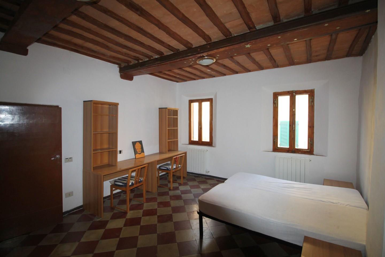 Appartamento in affitto, rif. R/594
