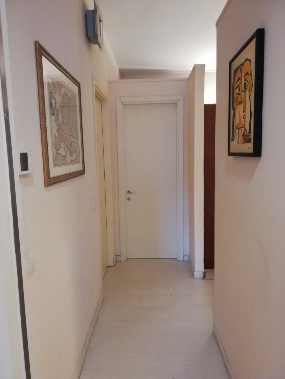 Locale comm.le/Fondo in affitto - Pisanova, Pisa