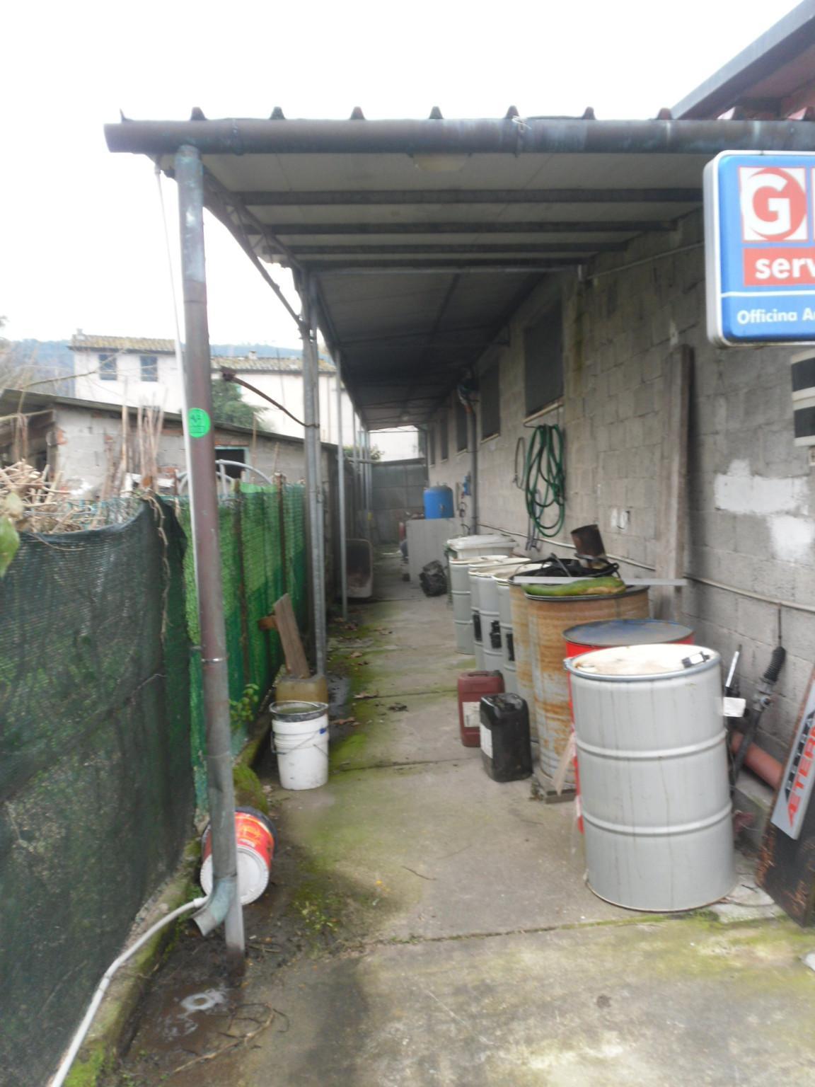 Capannone artigianale in affitto commerciale - Guamo, Capannori