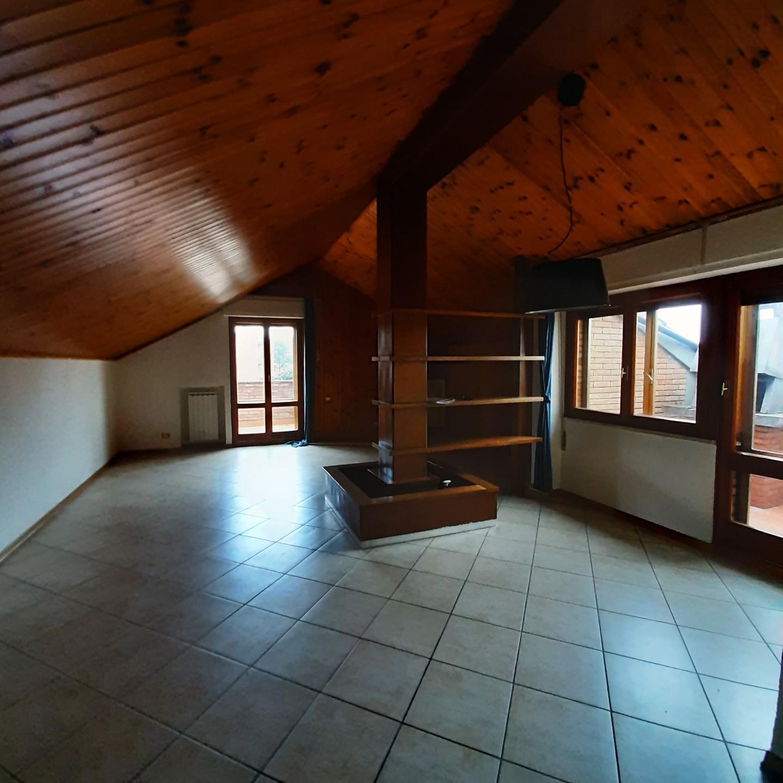 Attico / Mansarda in vendita a Siena, 6 locali, prezzo € 430.000   PortaleAgenzieImmobiliari.it