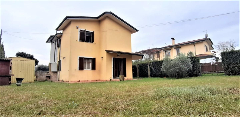 Villetta bifamiliare in vendita, rif. CM-142