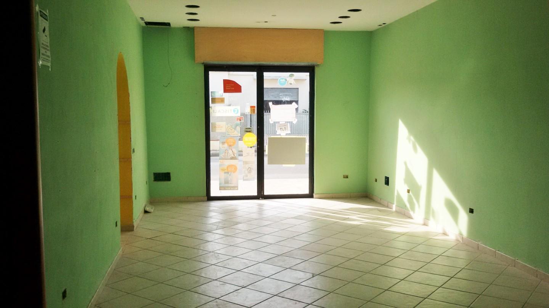 Locale comm.le/Fondo in affitto commerciale a Casciana Terme Lari (PI)