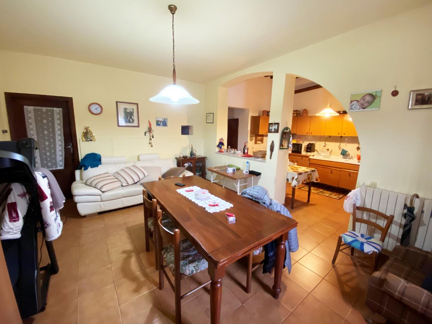 Townhouses for sale, ref. S257