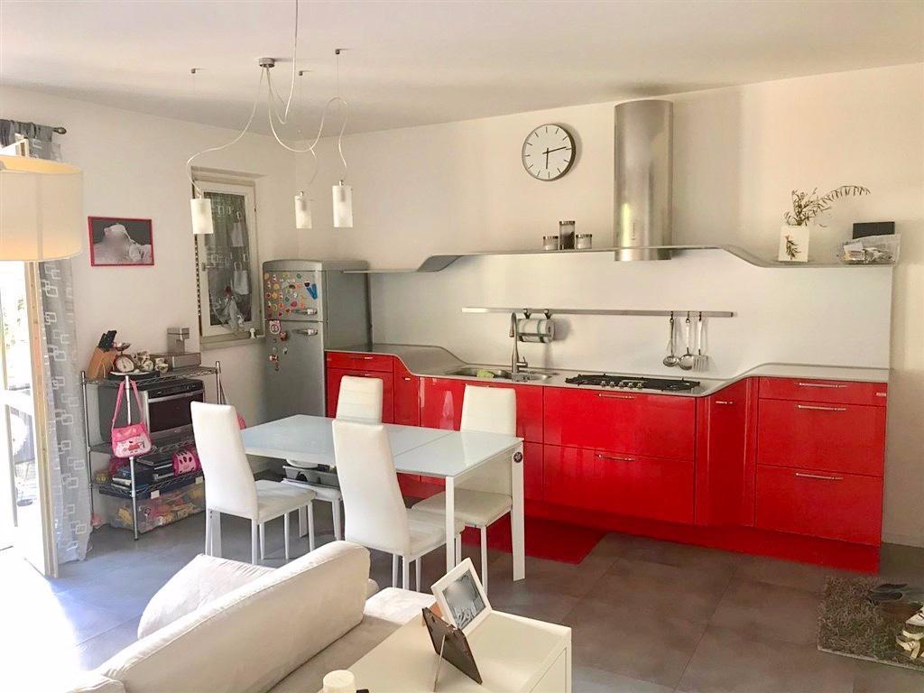 Appartamento in vendita, rif. LOG-404