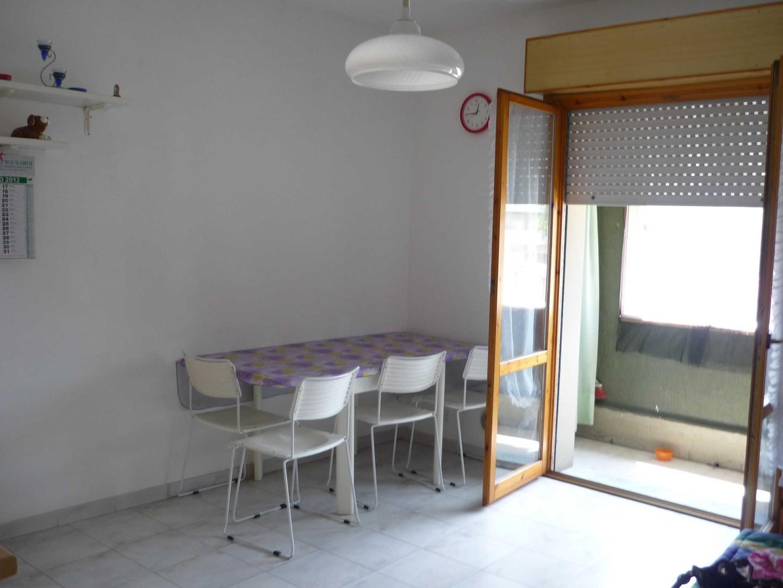 Appartamento in affitto a Ortonovo, 2 locali, prezzo € 450 | CambioCasa.it