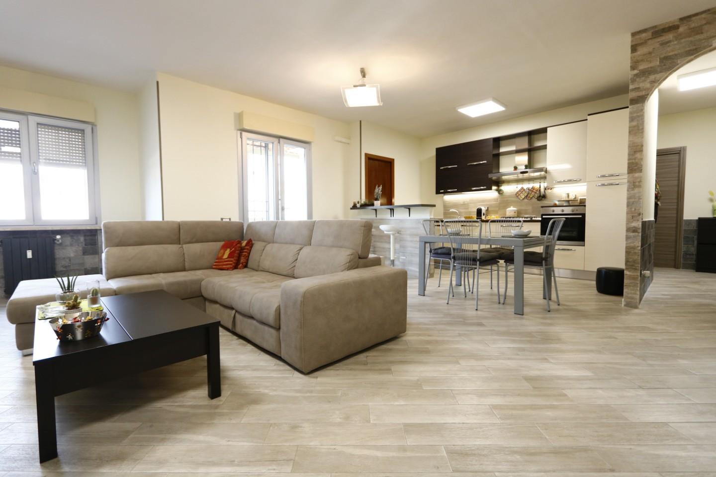 Appartamento in vendita, rif. AC6720