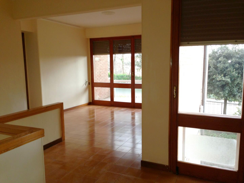 Appartamento in vendita a Siena, 8 locali, prezzo € 590.000 | PortaleAgenzieImmobiliari.it
