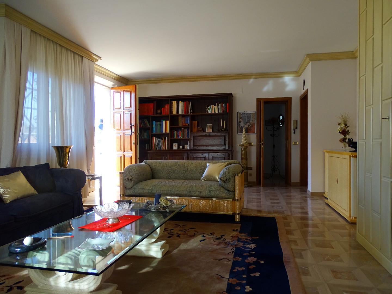 Appartamento in vendita a Fucecchio, 5 locali, prezzo € 250.000 | PortaleAgenzieImmobiliari.it