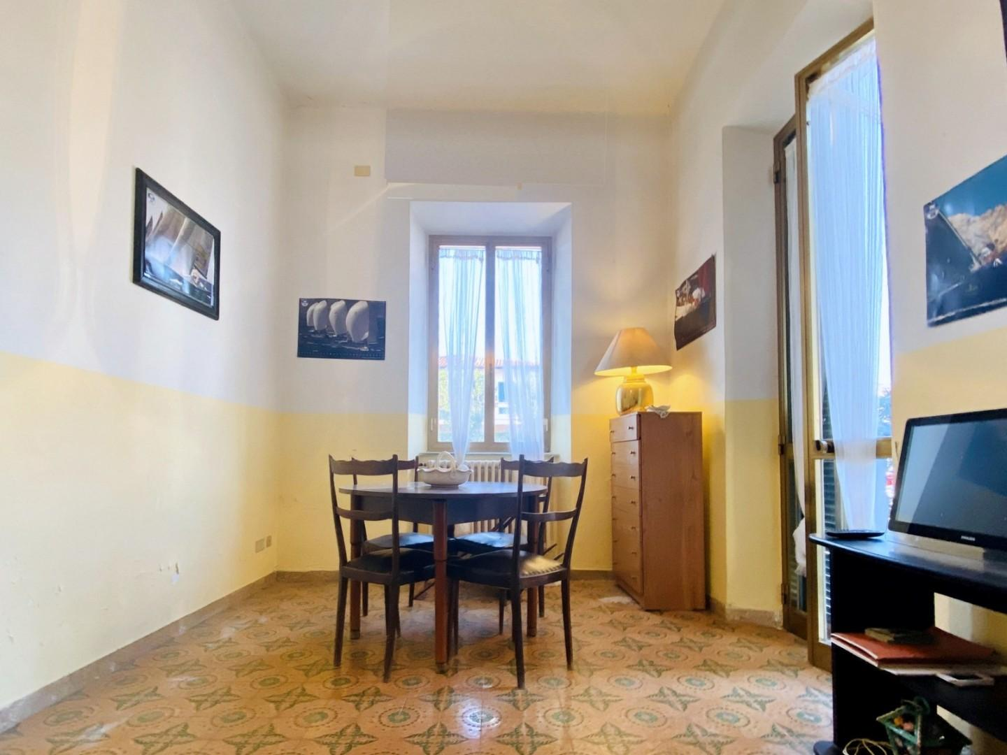 Terraced house for sale in Pietrasanta (LU)