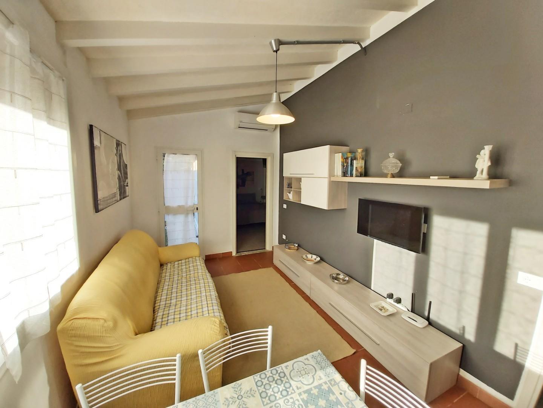 Casa singola in affitto vacanze a Poveromo, Massa