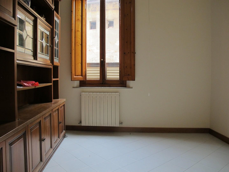 Appartamento in vendita, rif. 8812