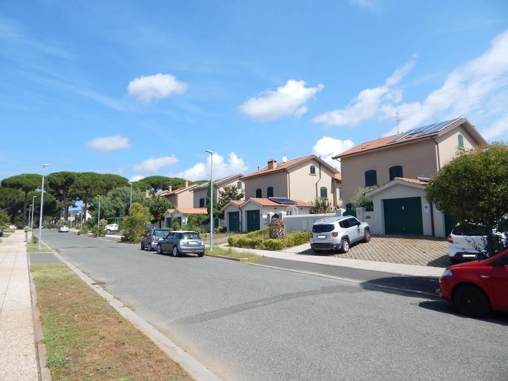 Villetta bifamiliare in vendita a Rosignano Solvay, Rosignano Marittimo (LI)