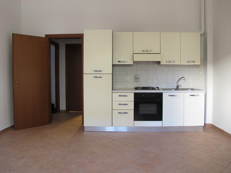 Appartamento in affitto, rif. 6383-04