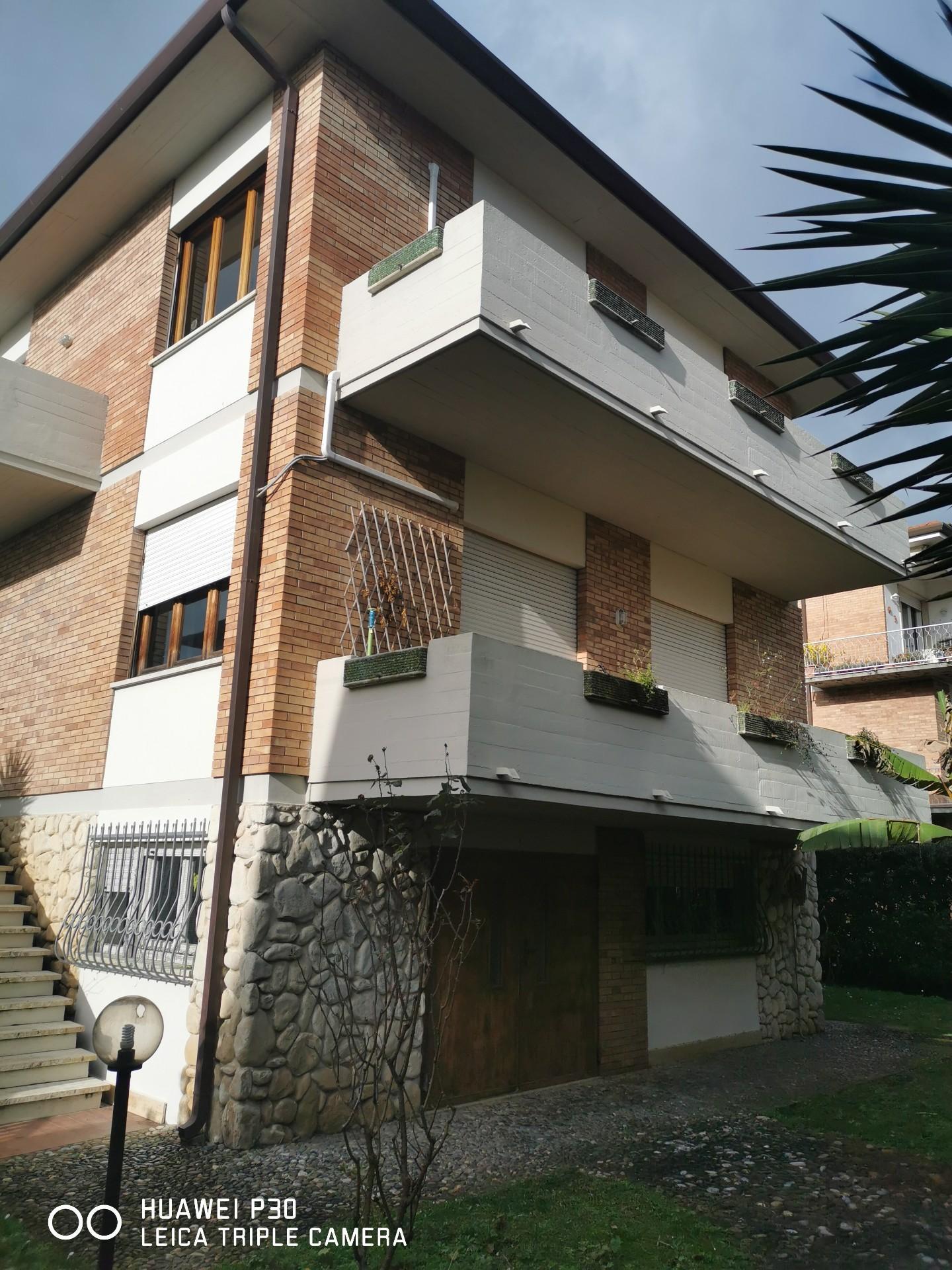 Villetta a schiera angolare in vendita - Lido Di Camaiore, Camaiore
