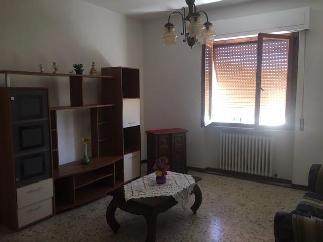Appartamento in vendita a Collesalvetti, 4 locali, prezzo € 120.000 | PortaleAgenzieImmobiliari.it