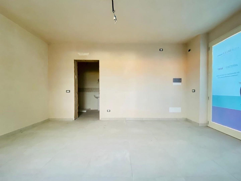 Ufficio in affitto - Lido Di Camaiore, Camaiore