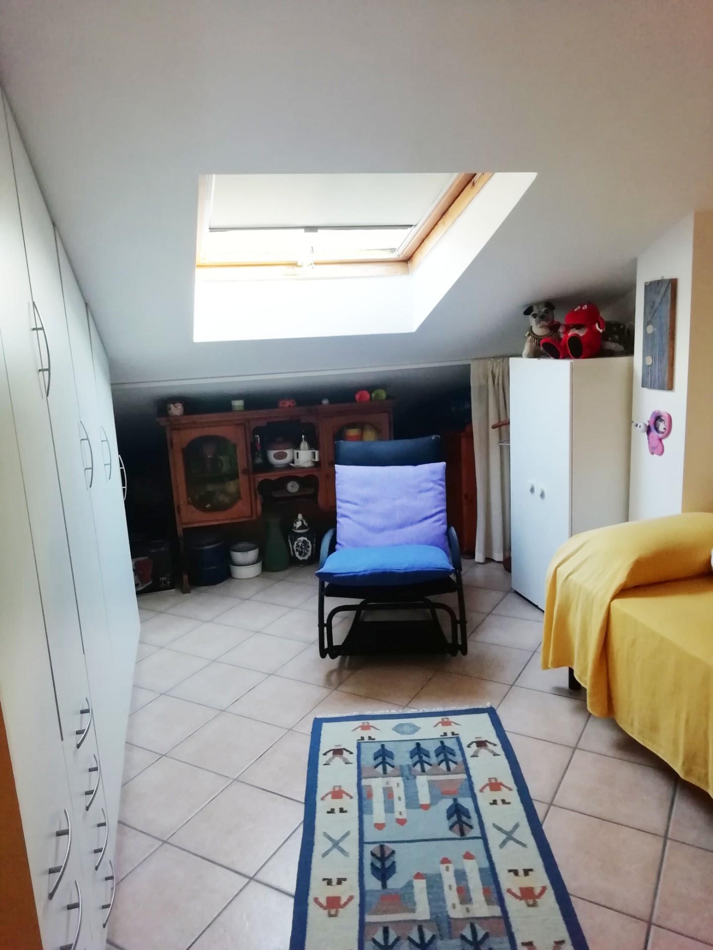 Casa semindipendente in vendita, rif. VB012