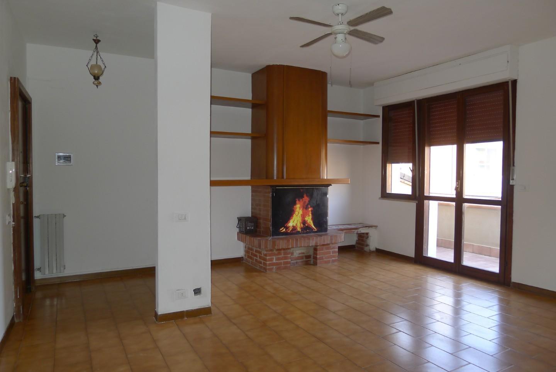 Appartamento in affitto, rif. A254
