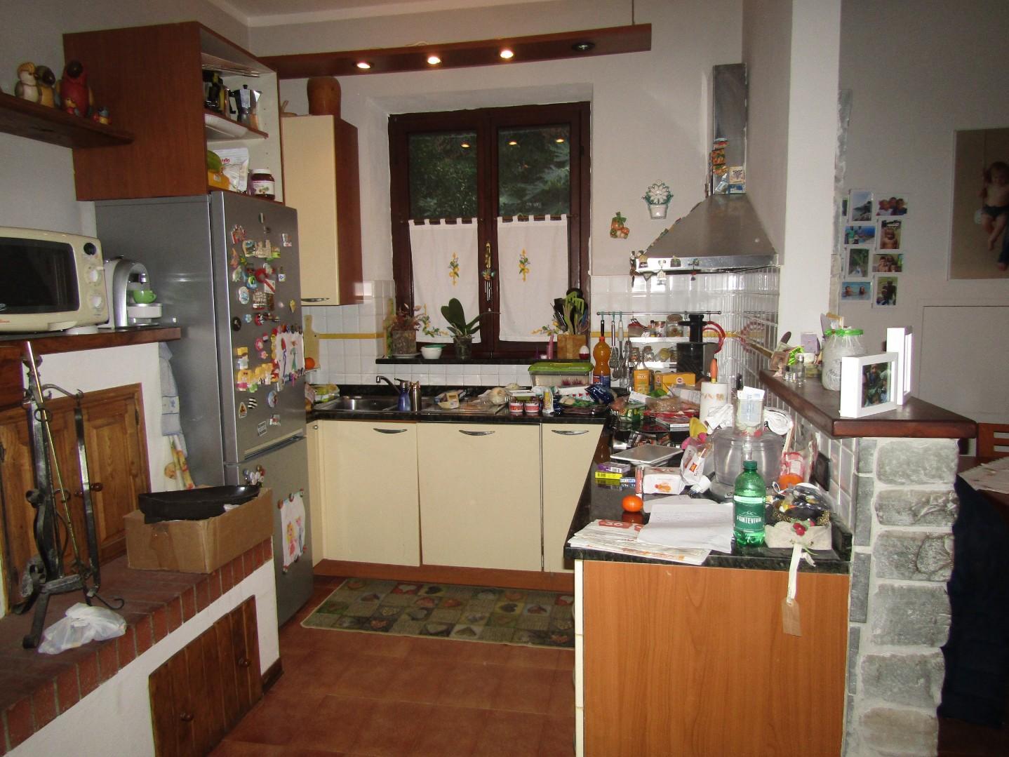 Casa semindipendente in vendita, rif. 3355