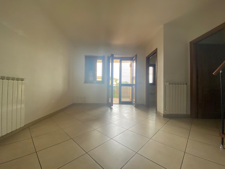 Appartamento in vendita, rif. 02279