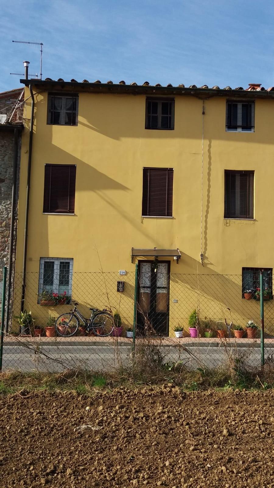 TERRATETTO in Vendita a Saltocchio, Lucca (LUCCA)